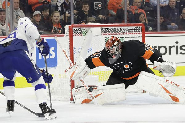 Flyers sputter in 1-0 loss to red-hot Tampa Bay