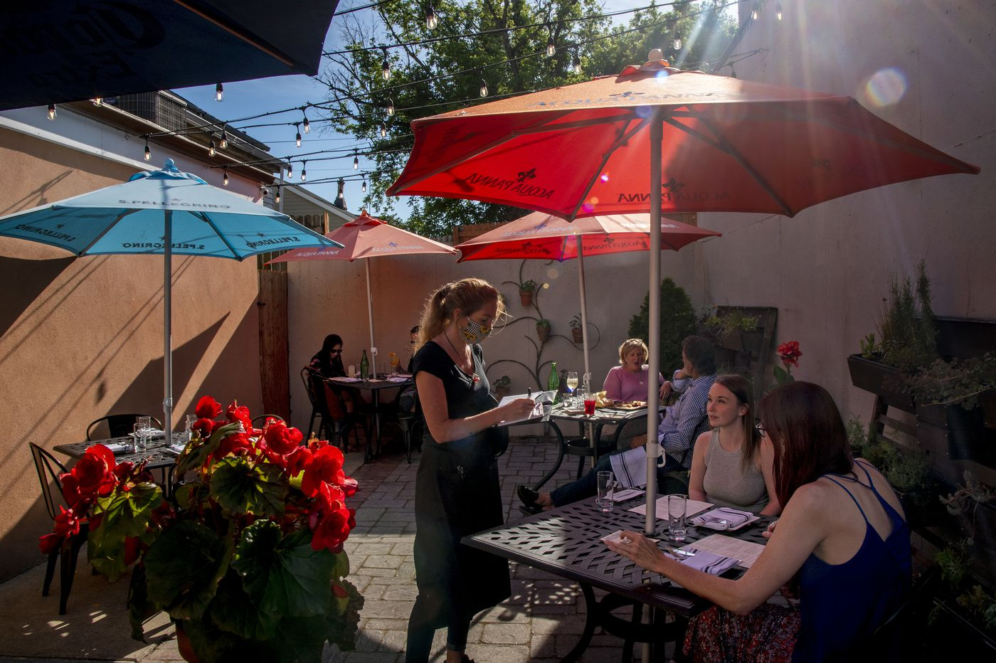 Outdoor dining to start in Philly and New Jersey, as caution still urged against COVID-19