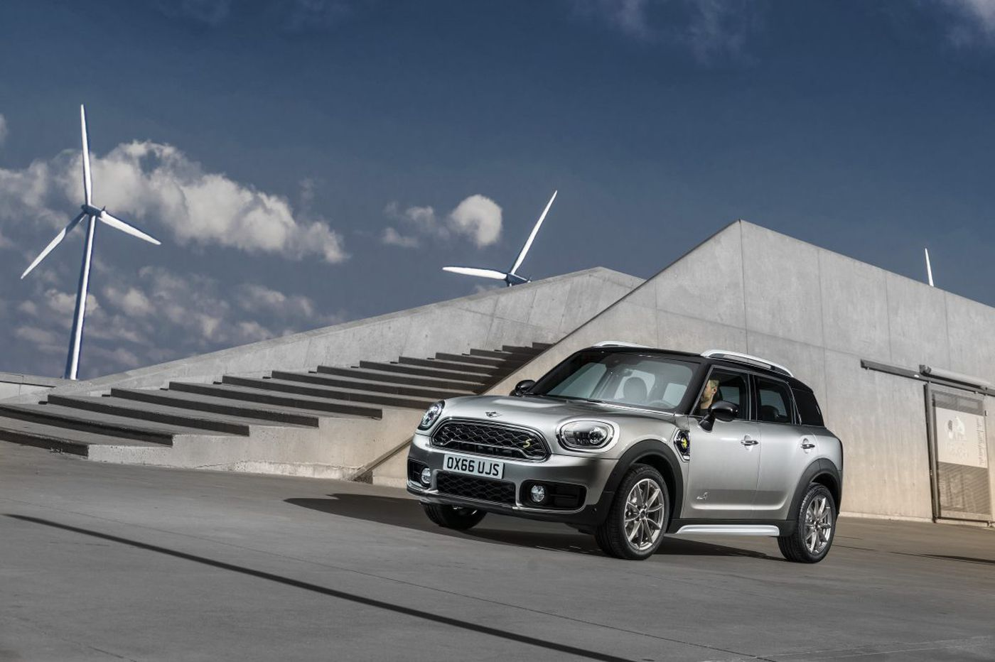 Countryman hybrid is not about the fuel savings