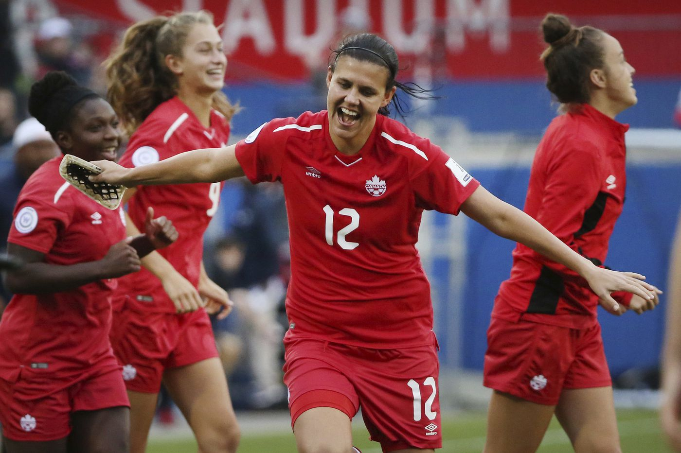 Christine Sinclair eyes all-time international goals record
