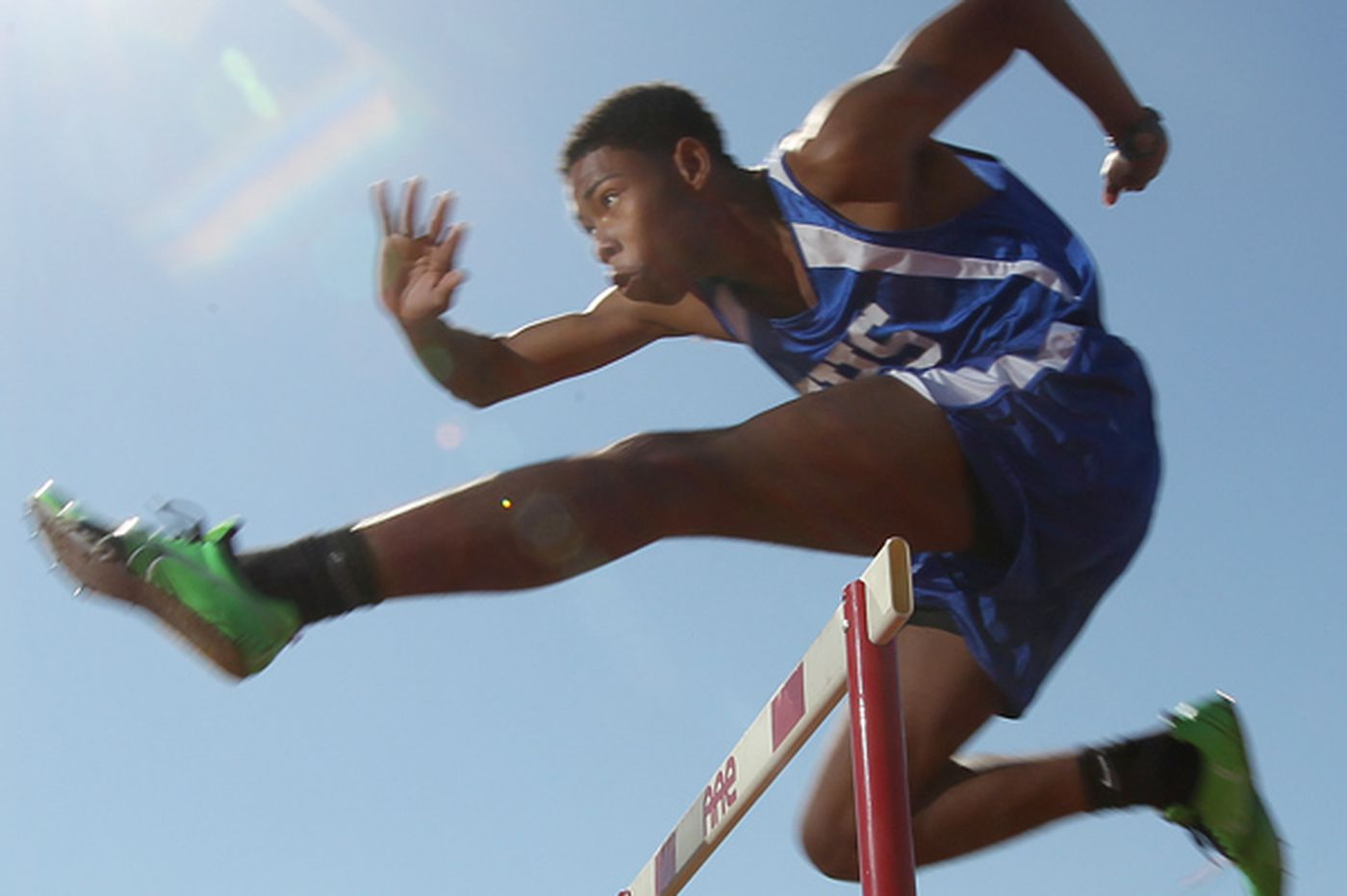 Father sues after teen is dropped from track team