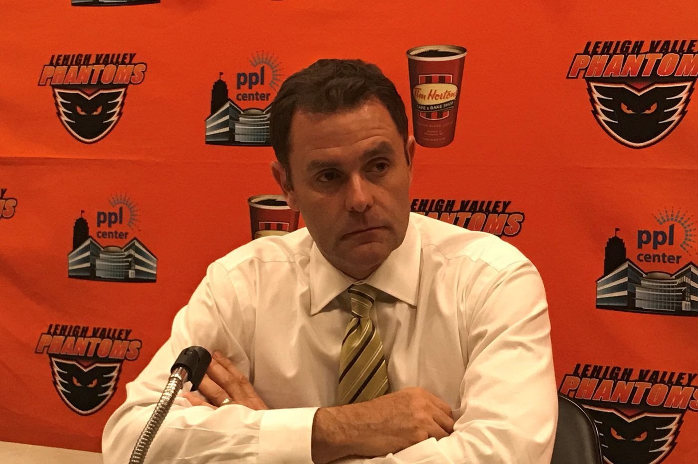 Scott Gordon, after success with the AHL's Phantoms, will take over as Flyers interim coach