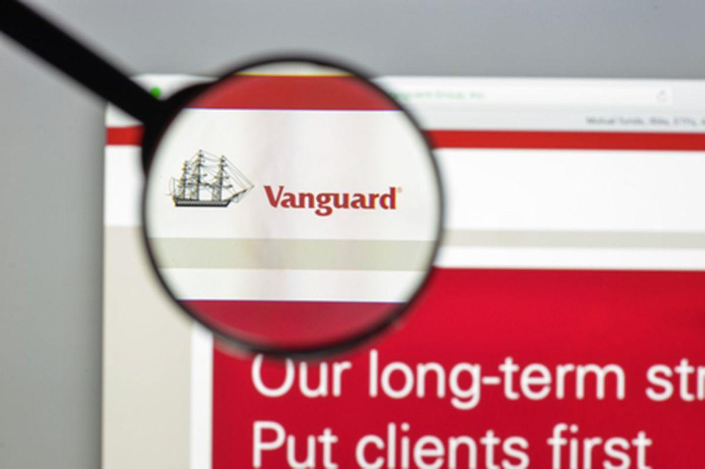 Vanguard's hybrid robo-advisor creates Amazon-like fear