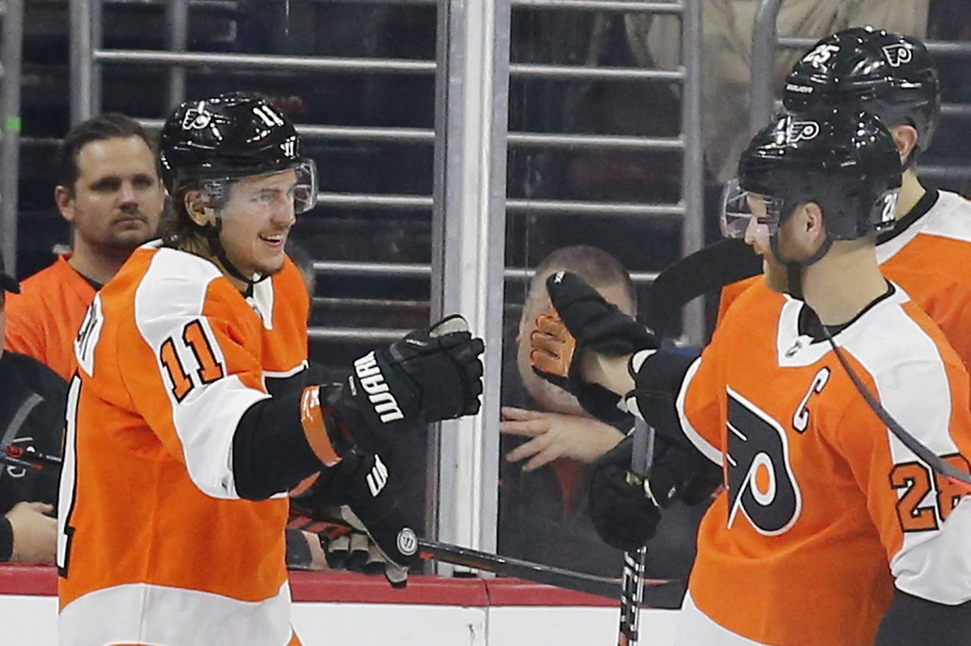 Travis Konecny, Claude Giroux and a comparison of Flyers' top scorers to other NHL teams