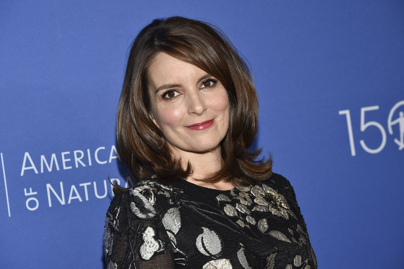 Tina Fey gets '30 Rock' blackface episodes pulled from distribution, with Comcast's support