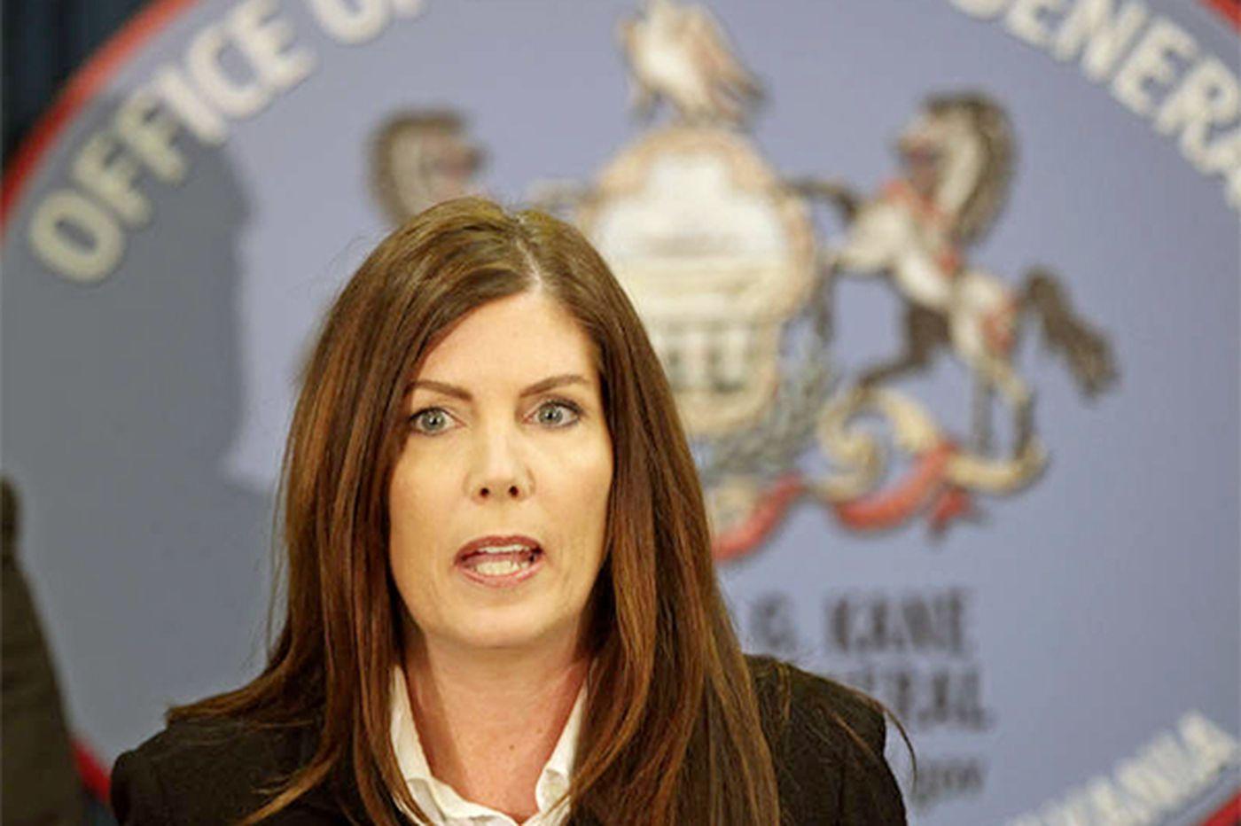 Kane reshuffles her top staff