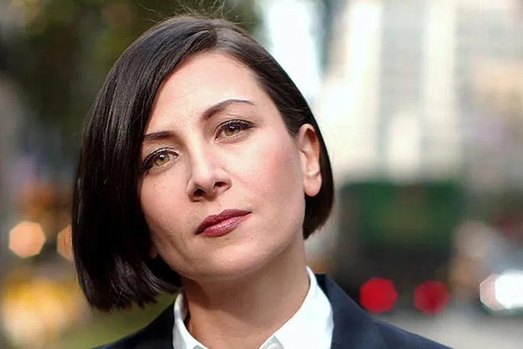 """This Oct. 7, 2002 file photo shows author Donna Tartt in New York. Tartt's """"The Goldfinch"""" won the Pulitzer Prize for fiction on Monday, April 14, 2014. (AP Photo/Gino Domenico, File)"""