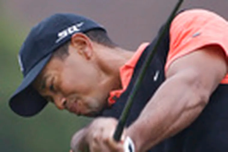 """The top players in the world, No. 2 Phil Mickelson, left, and No. 1 Tiger Woods, will form a threesome with No. 3 Adam Scott at the U.S. Open. """"We are all looking forward to it,"""" Woods says. Mickelson called the matchup """"awesome."""""""