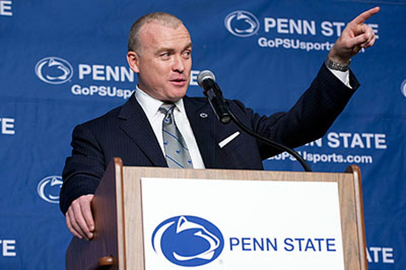 Chambers introduced as new Penn State men's basketball coach
