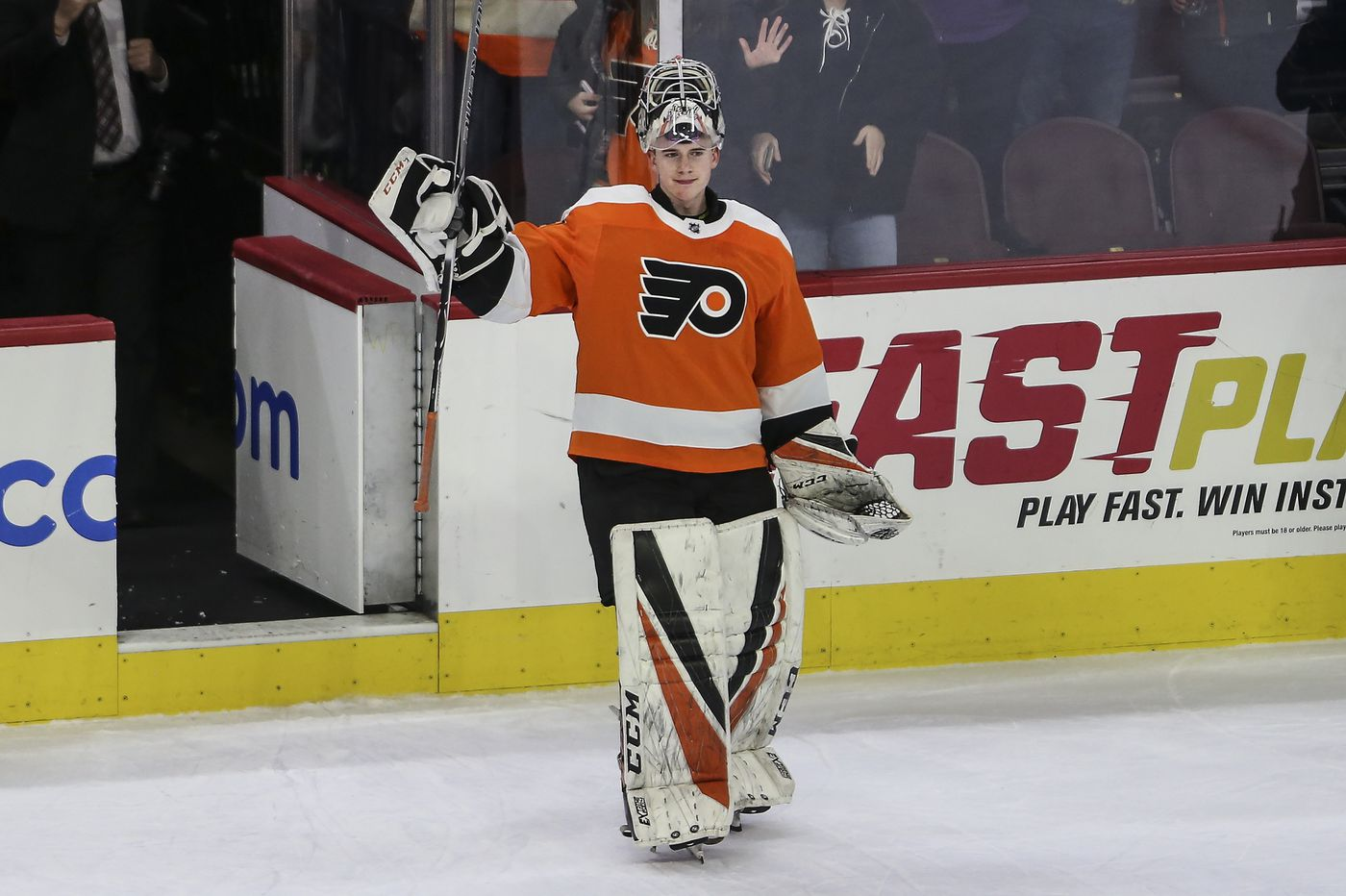 Carter Hart, with family support, boosts Flyers | Sam Donnellon