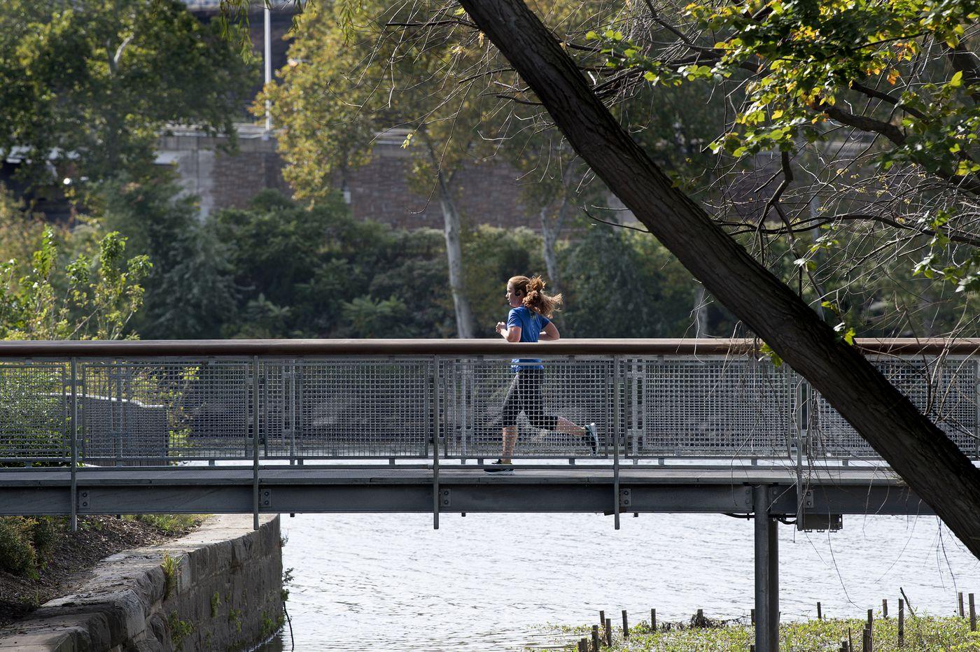 New boardwalk on Schuylkill overlooks Water Works, Boathouse Row