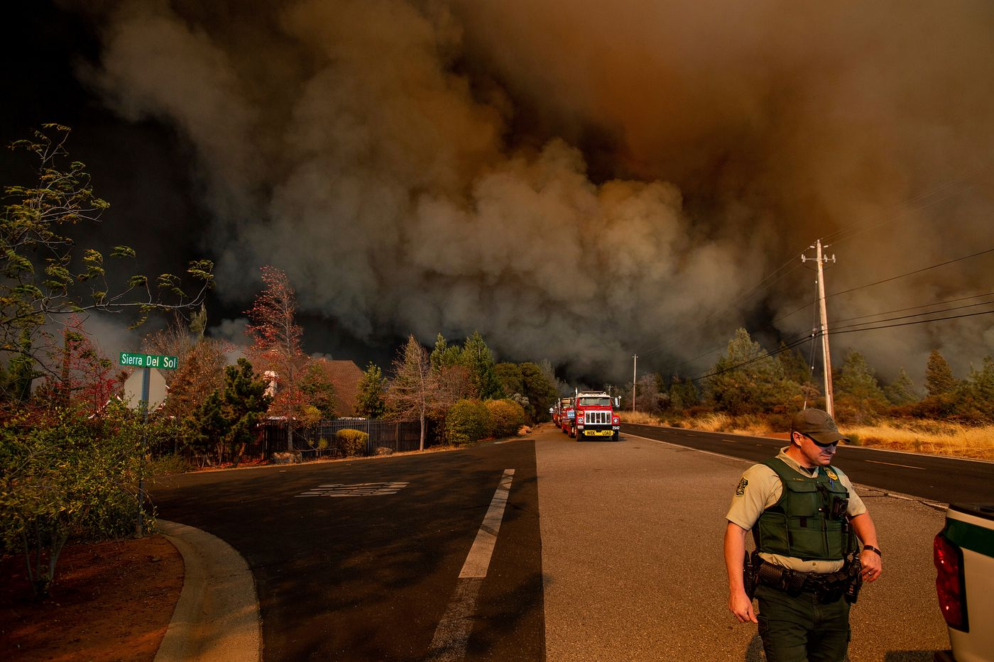 Wildfire devastates California town of Paradise