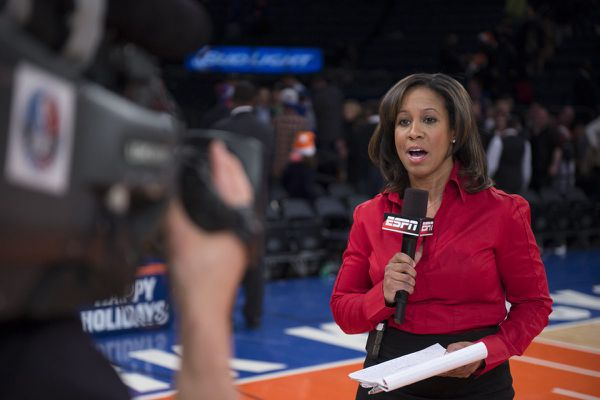 ESPN's Lisa Salters grew up with the Eagles and Sixers. On Christmas, she'll cover both