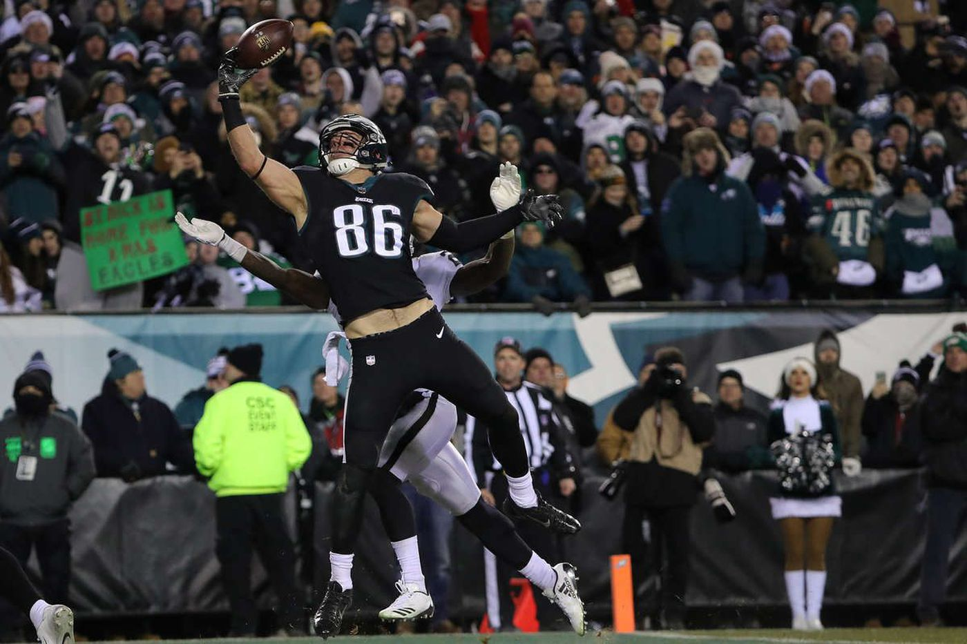 Eagles tight end Zach Ertz: 'Red zone, third down, I want to be the guy who gets the number called'