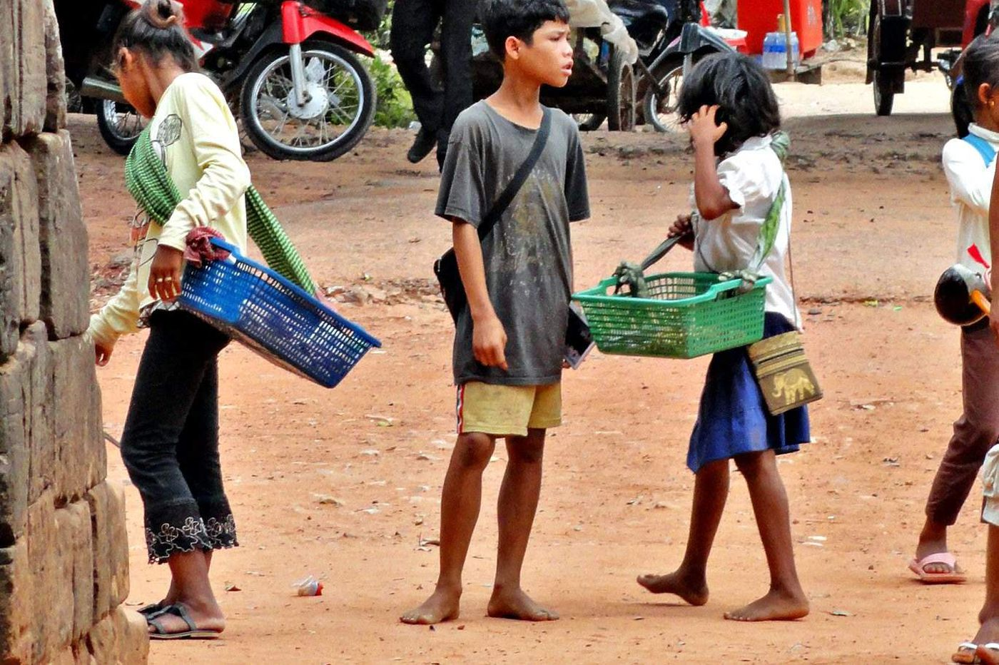 The child vendors of Angkor Wat