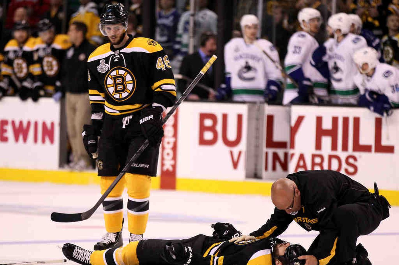 Injury sparks Bruins to big victory