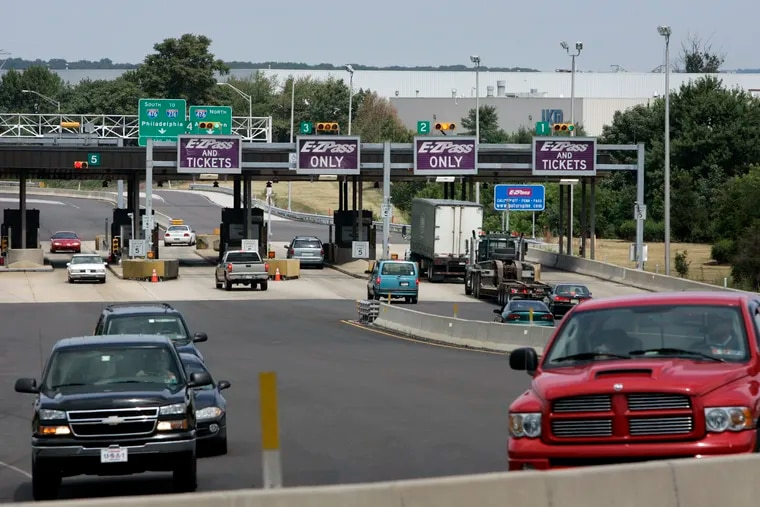 Three people were killed on the Pennsylvania Turnpike Saturday.