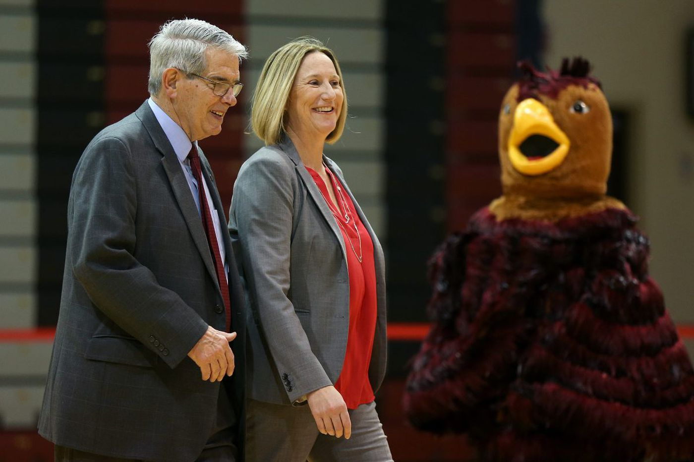 New St. Joseph's athletic director Jill Bodensteiner gets strong backing from Phil Martelli, Don DiJulia
