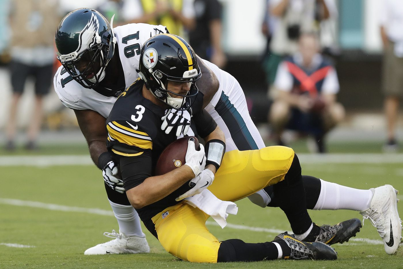 If the NFL actually wants to be safer, it's time to reevaluate tackling | David Murphy