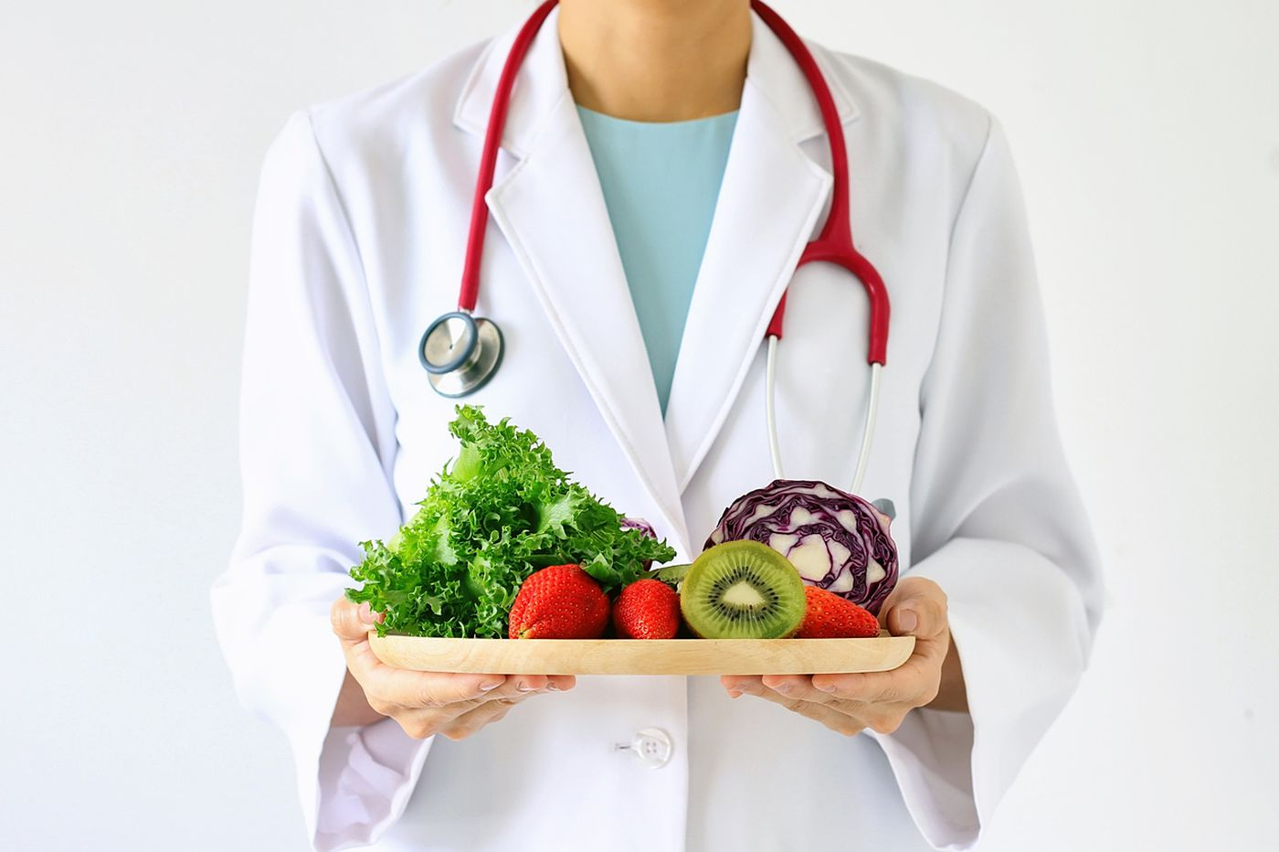 To follow a heart healthy diet, should you chose low fat or low carb?