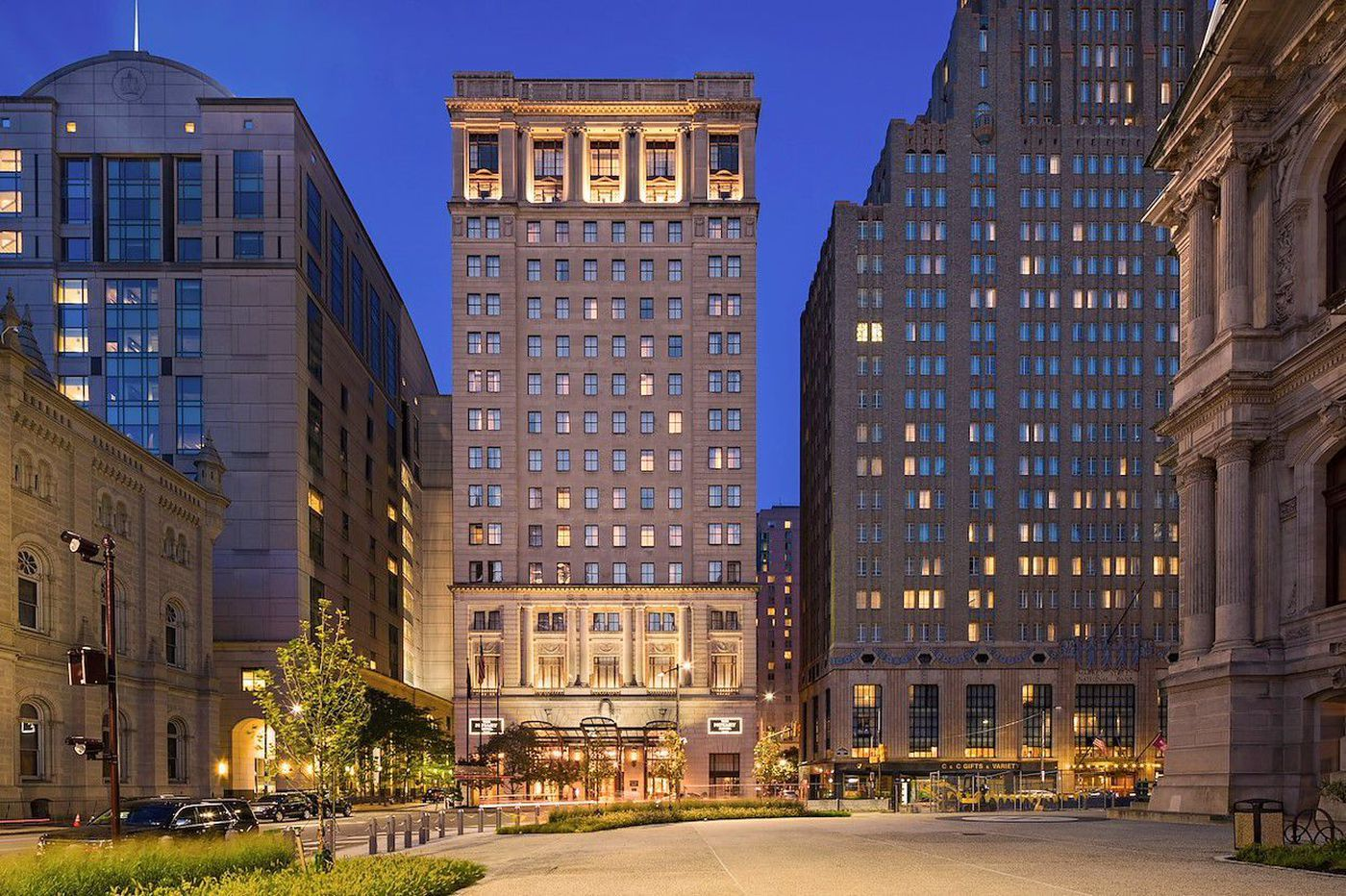 Troubled-debt team assumes control of Philly hotel loan as coronavirus takes severe toll on visits to city