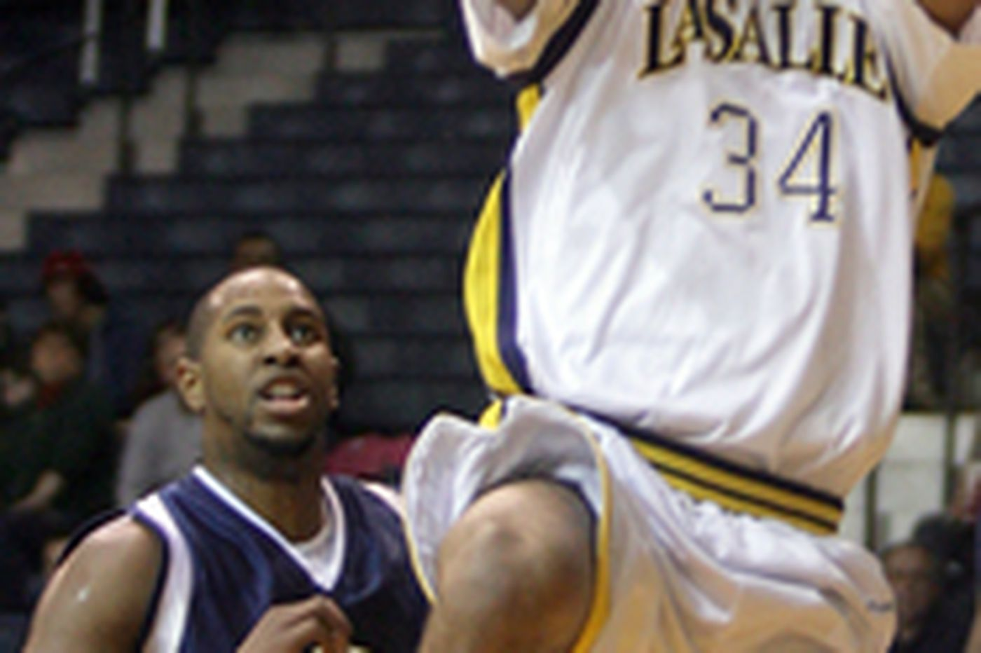 La Salle puts forth half-good effort against Mount St. Mary's