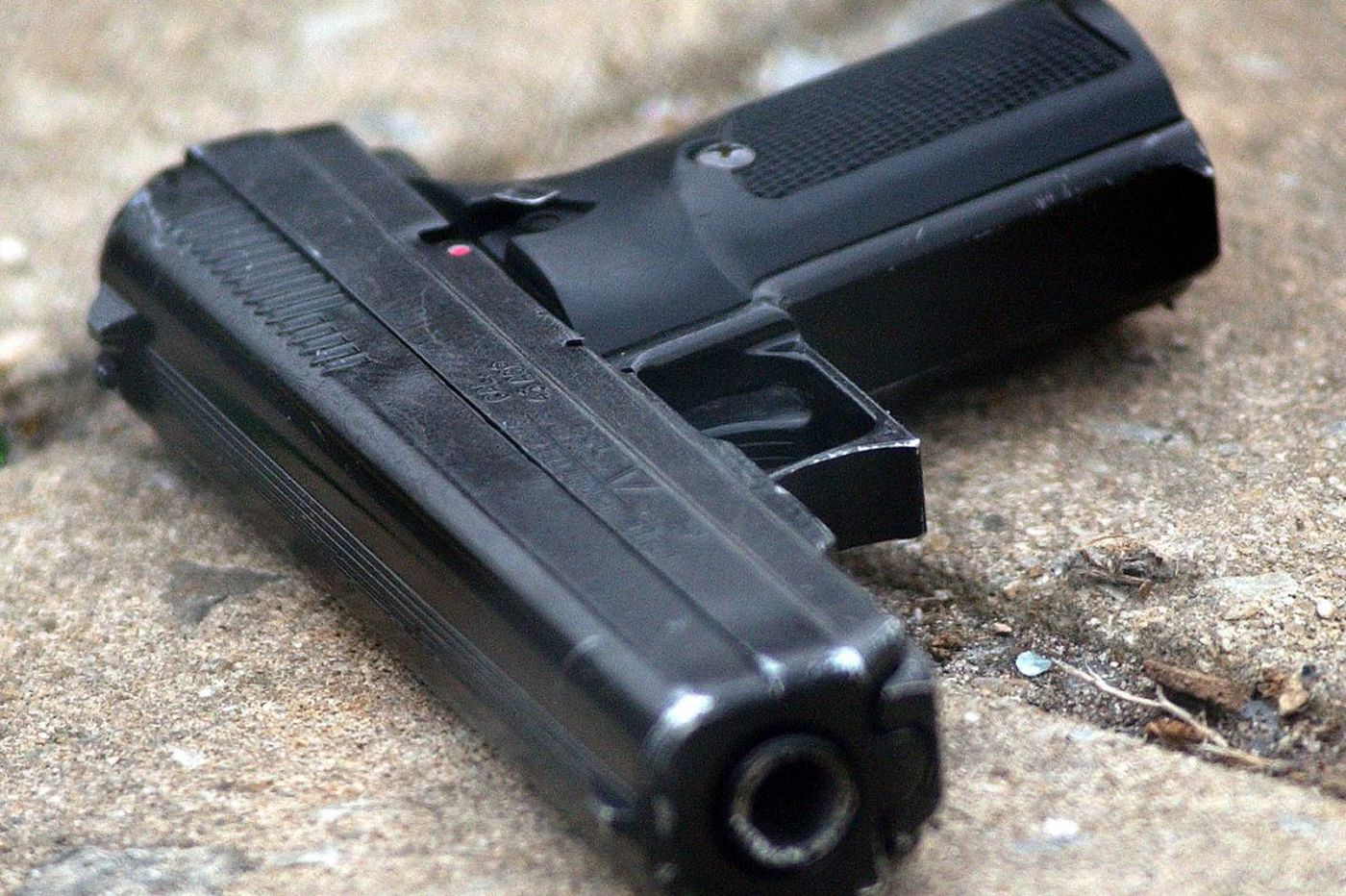 Atlantic City man shoots self, survives, gets charged