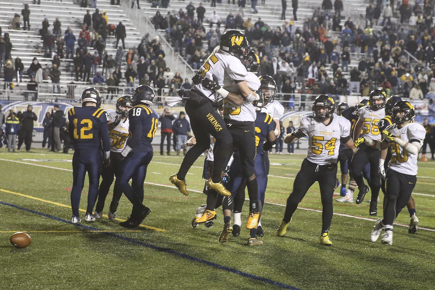 Archbishop Wood beats Cheltenham in PIAA 5A state championship with game-winning drive