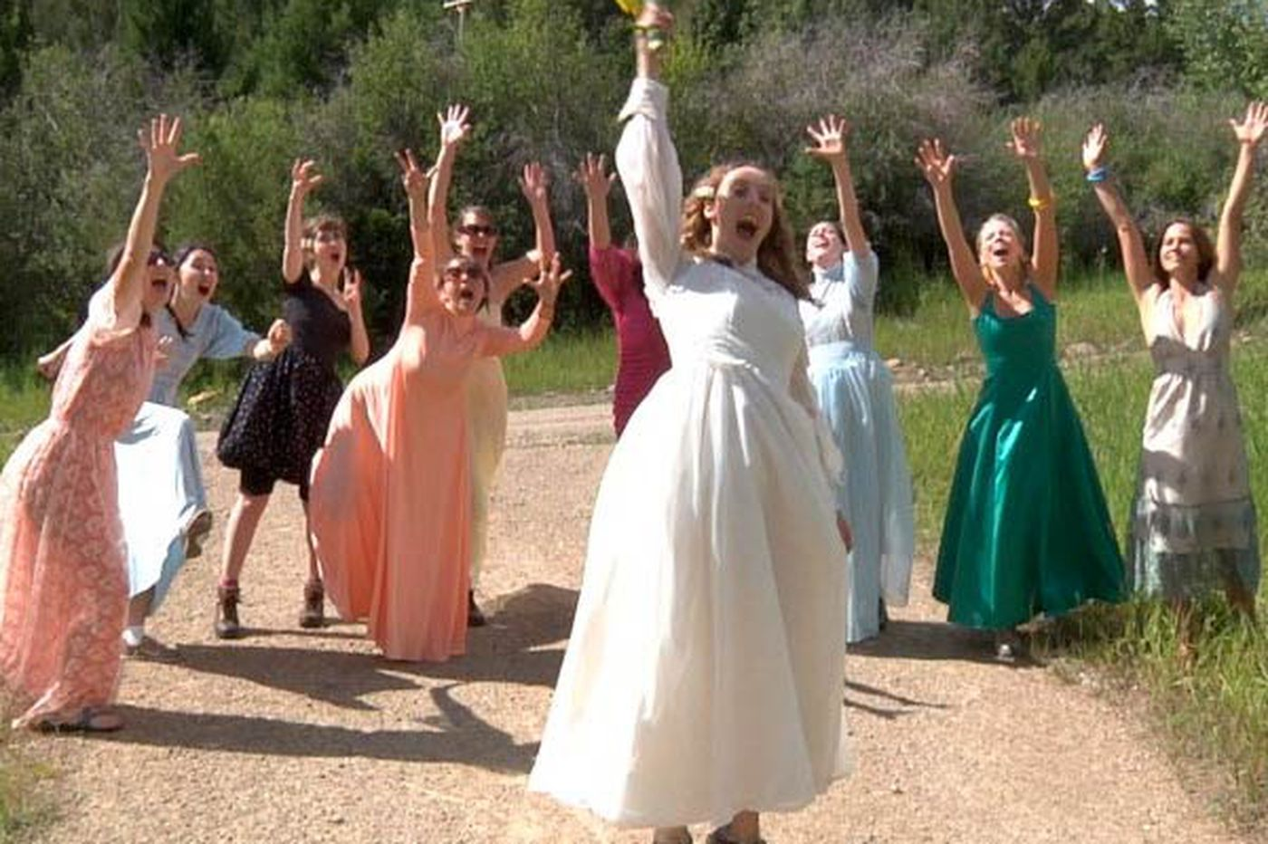 '112 Weddings' on HBO, 'Under the Dome' on CBS