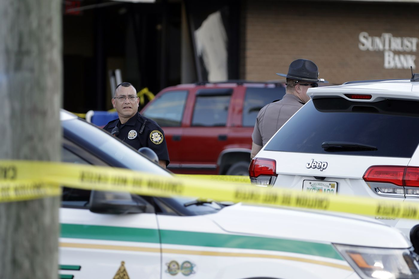 A domestic terrorist slaughtered 5 women in a Florida bank and hardly anyone noticed | Will Bunch
