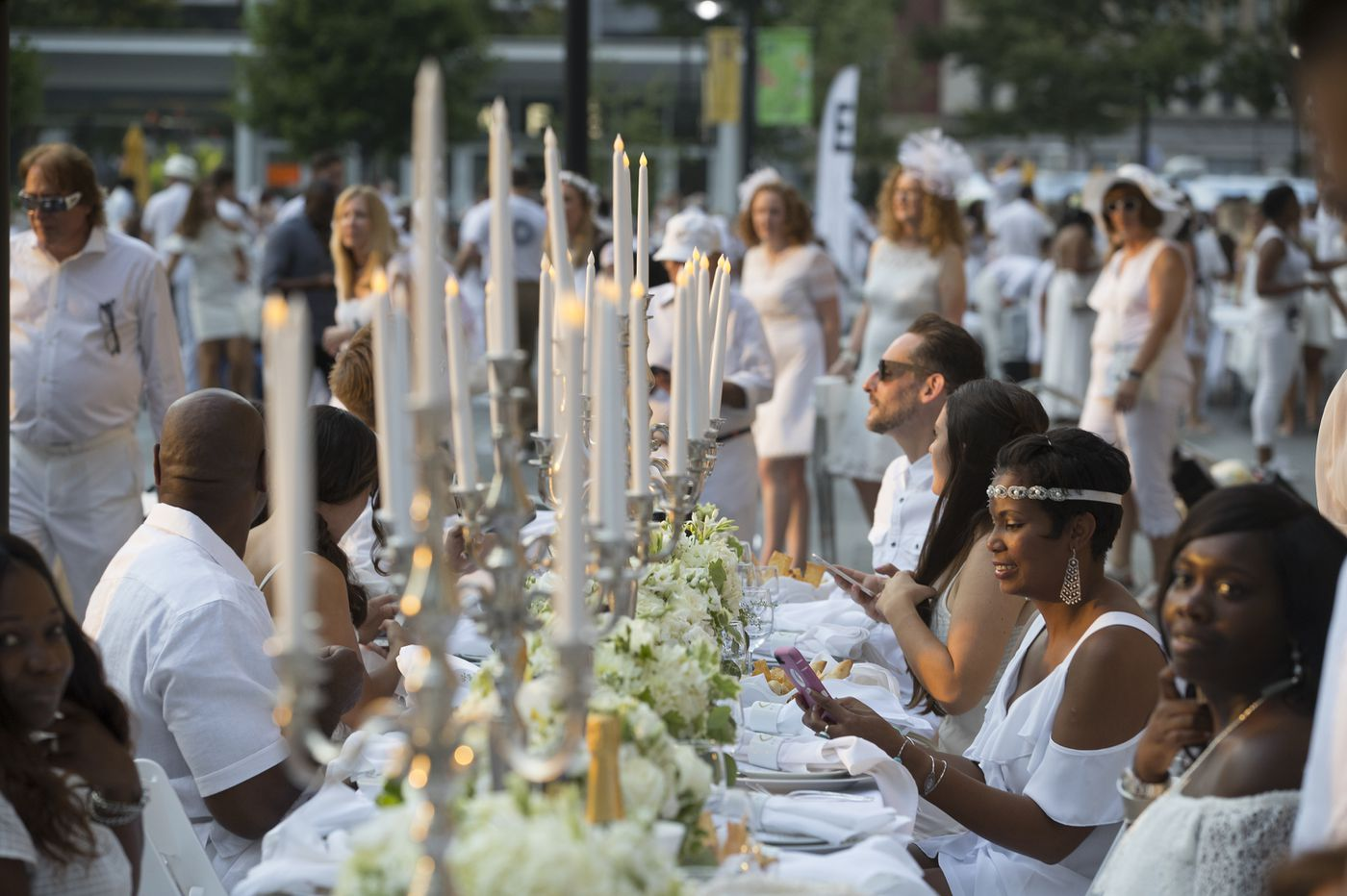 Dîner en Blanc: A fun party, or insult to Philly's gritty reputation? Pro/con | Opinion