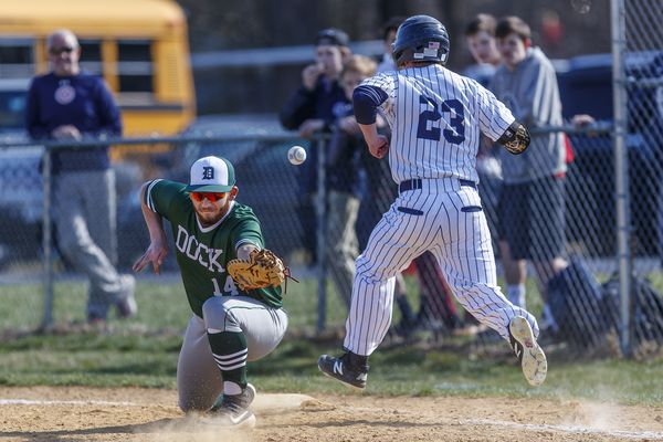 Wednesday's Southeastern Pa. roundup: Ryan Schreiber lifts Ridley over Penncrest with walk-off single