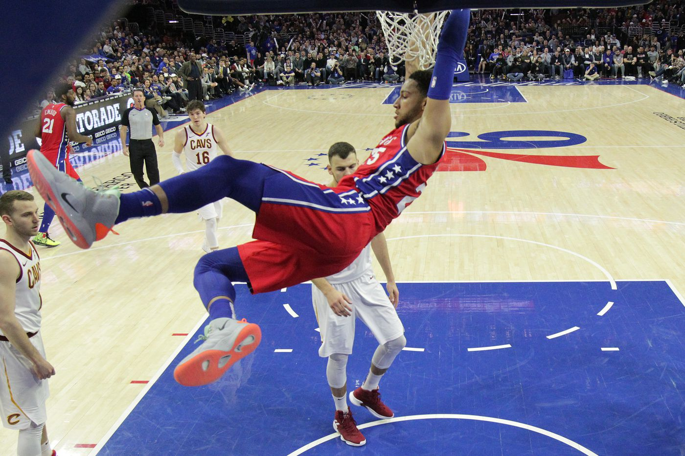 Sixers struggle, but edge shorthanded Cavaliers for home win