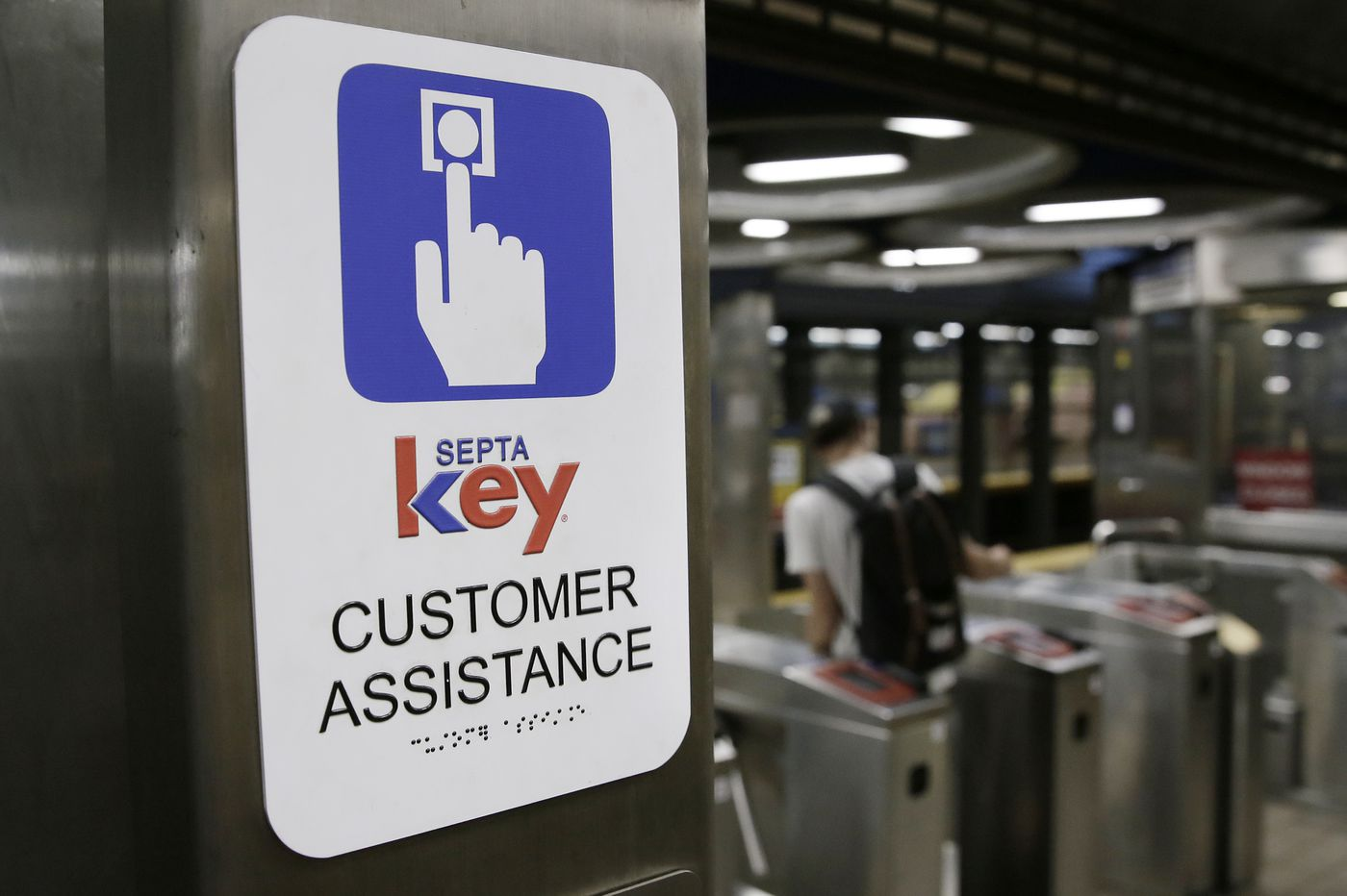 Thousands of SEPTA Key cards are about to expire. Here's how to keep your money.