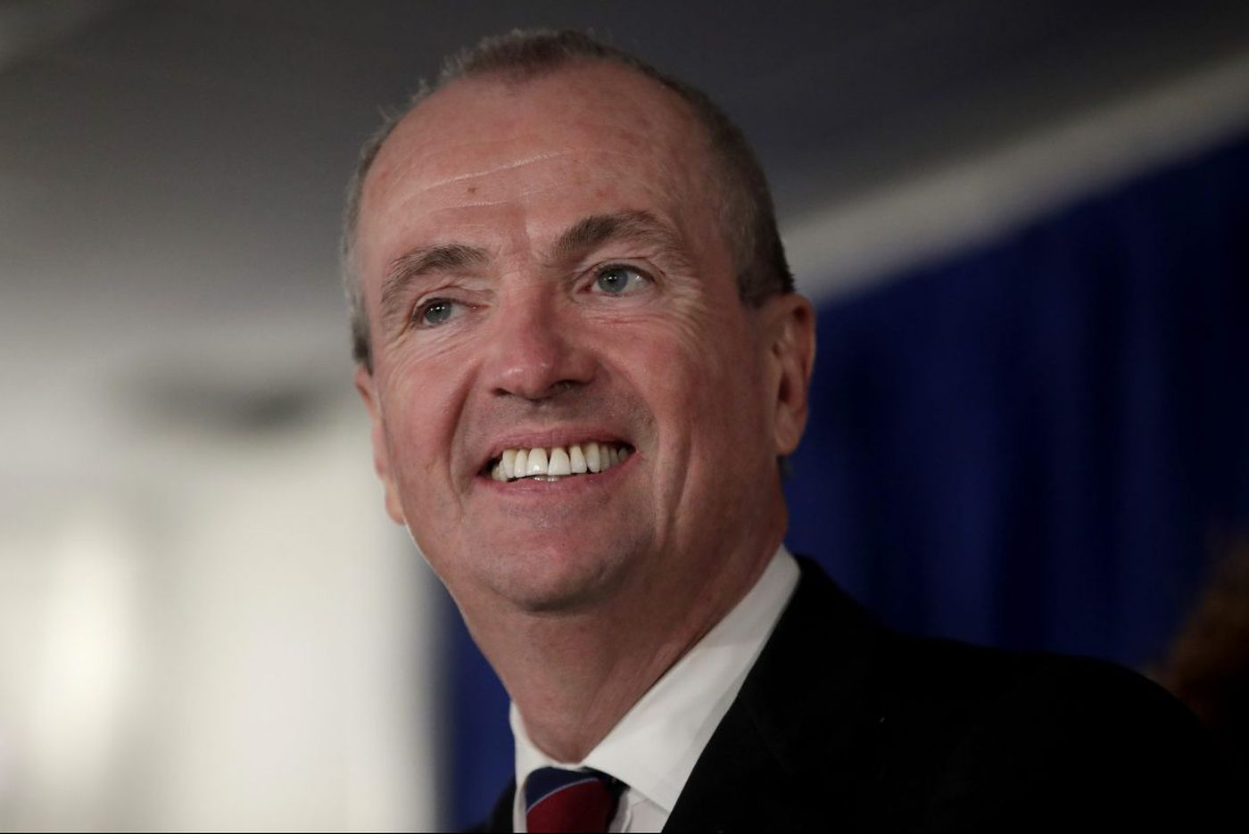 New Jersey governor wants 'czar' to encourage towns to share services