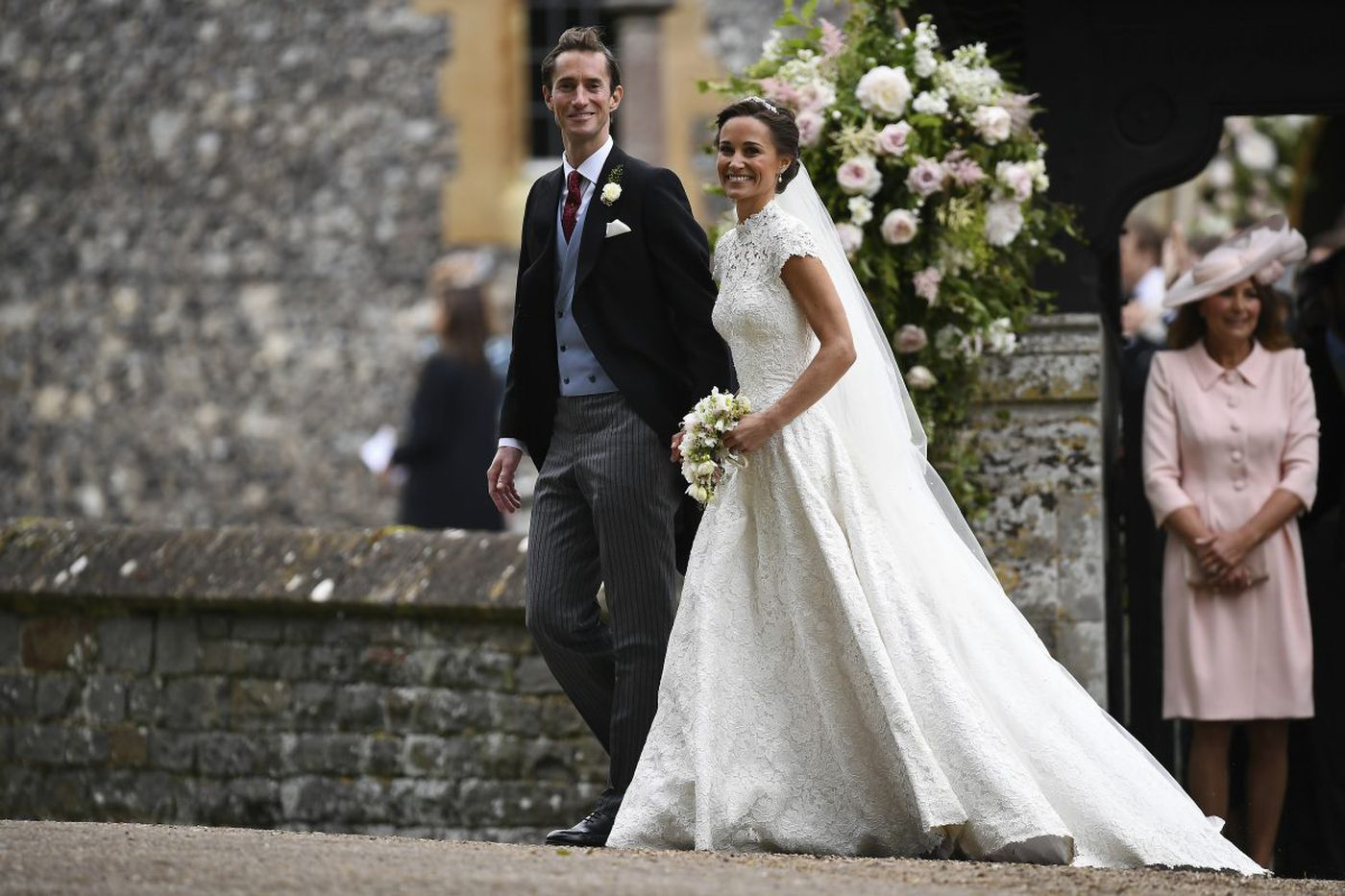 Pippa Middleton's wedding dress beautiful in its simplicity