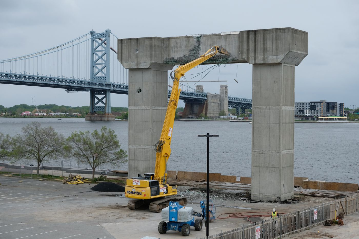 Crews begin tearing down cement archway on Penn's Landing built for ill-fated sky tram to Camden