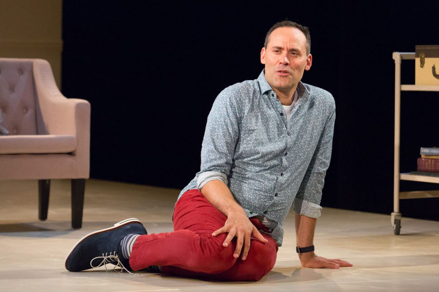 From Martha Graham Cracker to Barbra Streisand: Dito van Reigersberg is brilliant in celebrity satire 'Buyer & Cellar'