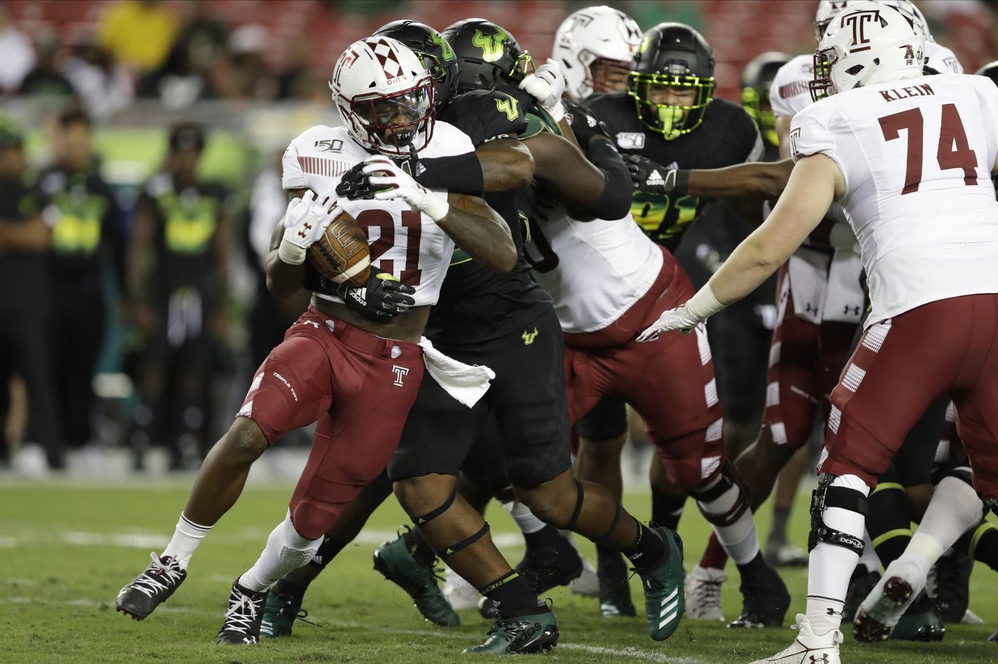 Temple's defense comes up big with nine sacks in 17-7 win at South Florida