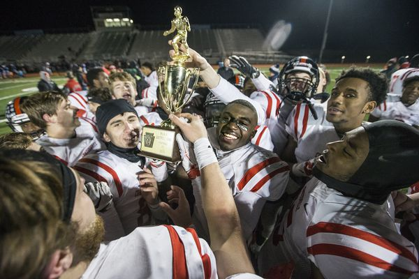 Coatesville captures second straight District 1 Class 6A football title in defensive win over North Penn