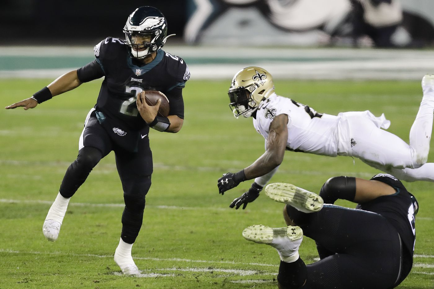 Eagles QB Jalen Hurts might need to rely on arm more, legs less in second  career start vs. Arizona Cardinals