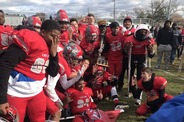 South Jersey's Thanksgiving football roundup: Vineland beats Millville with last-minute touchdown