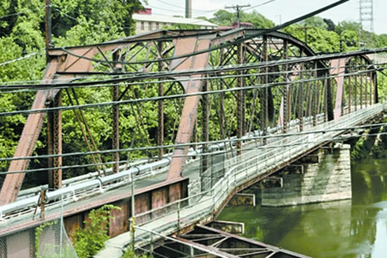 The Pencoyd Bridge is controversial in the planning of the area in Lower Merion. ( Bonnie Weller / Staff Photographer )