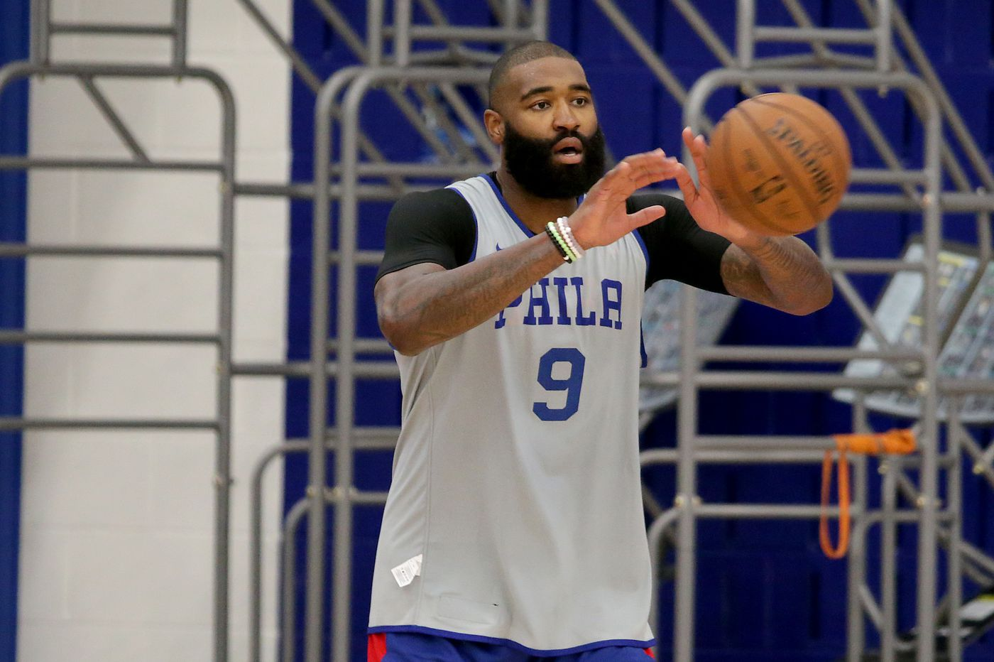Sixers bench players forming 'bulldog' identity in training camp