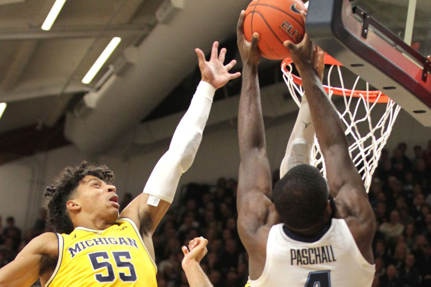 Villanova stunned, 73-46, by Michigan in rematch