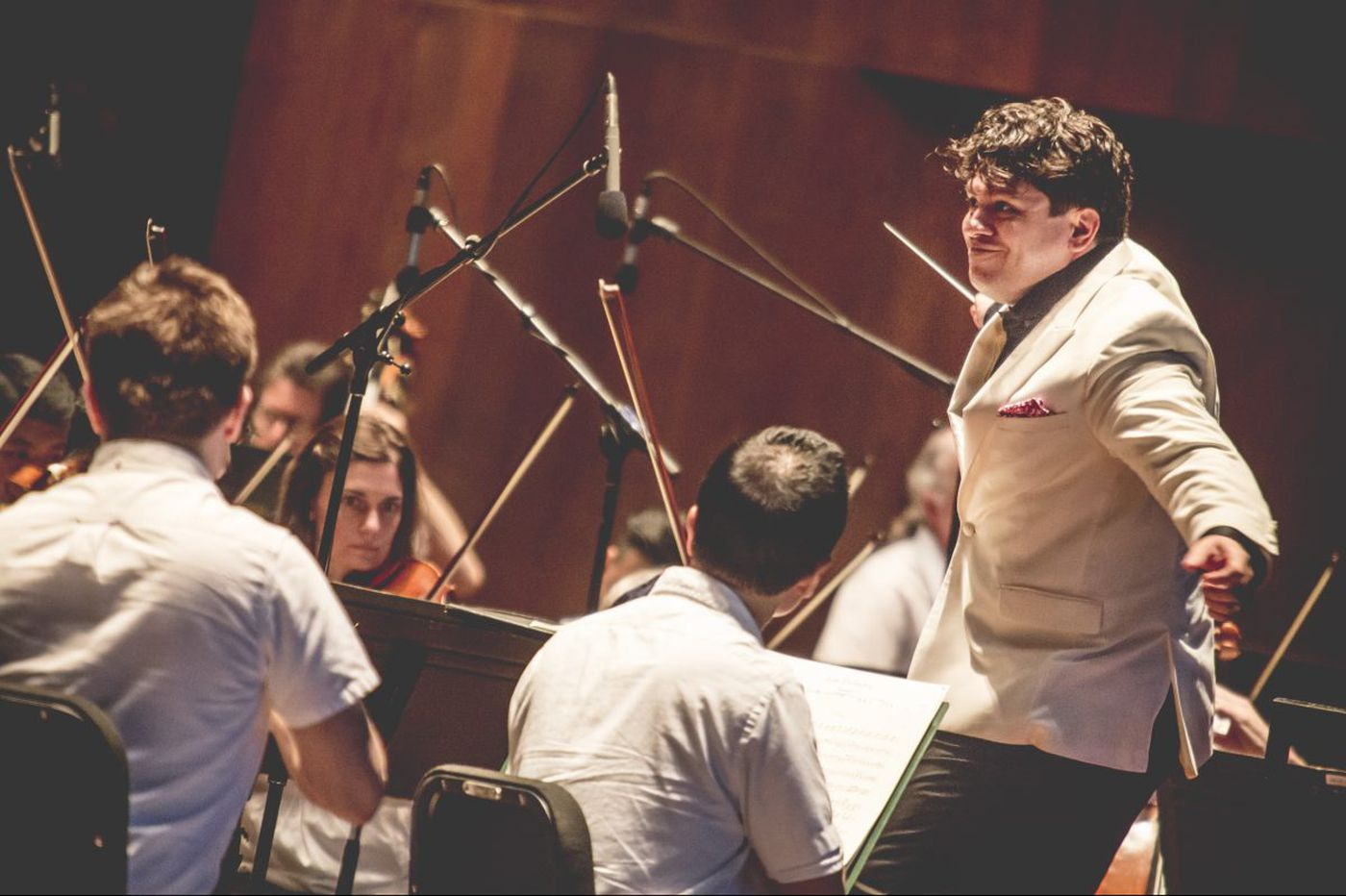 Philadelphia Orchestra by request leaves audience marching, not buzzing