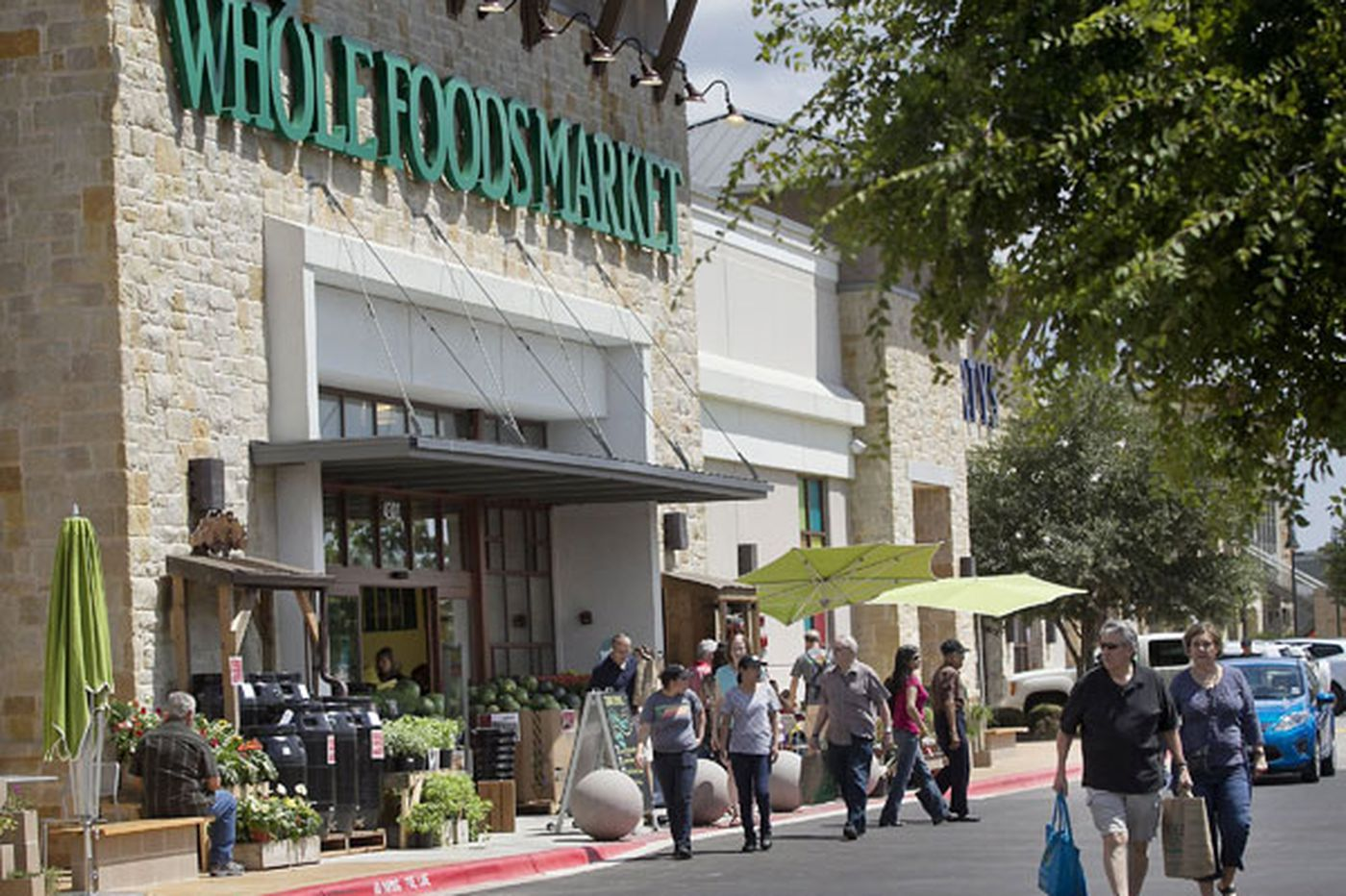 Amid tougher competition, can Whole Foods maintain its pace?