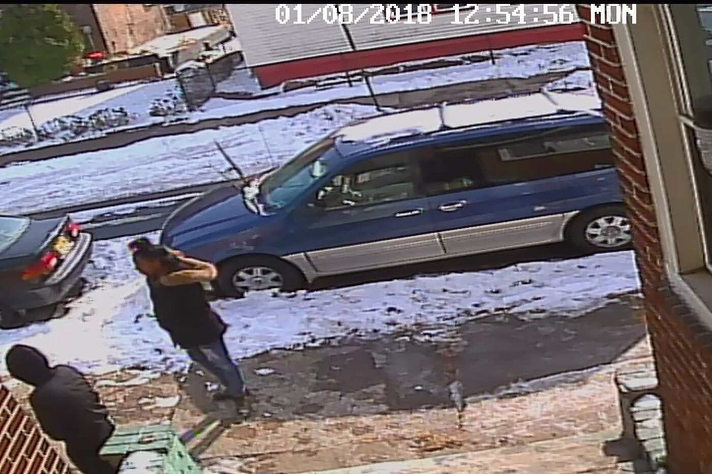Police seek 2 females who may have witnessed Camden's first homicide of 2018