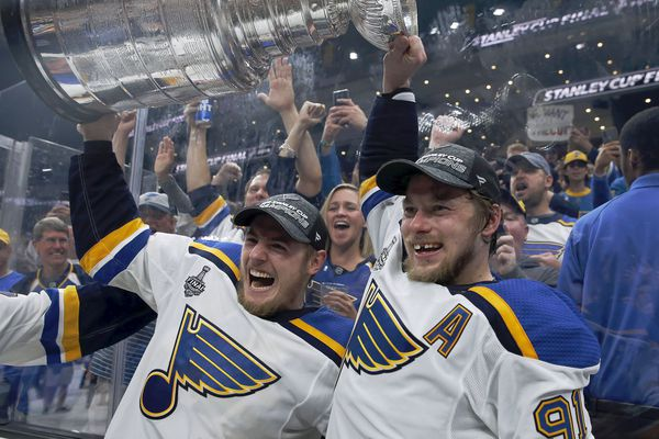 Blues win 1st Stanley Cup, beating Bruins, 4-1, in Game 7