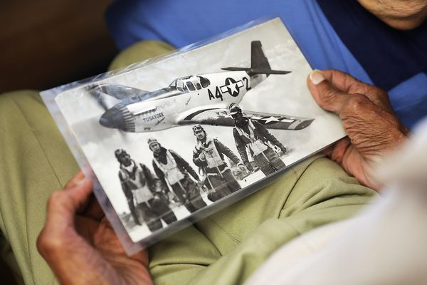 Tuskegee Airman, 90, serves up meals and stories at South Jersey senior center